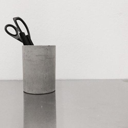 DISPLAY | Round Pencil Holder