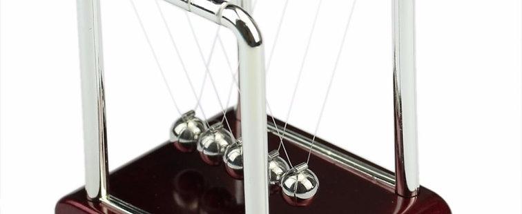 Steel Newton's Cradle Pendulum