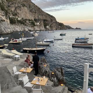 Cena al tramonto al Pirata
