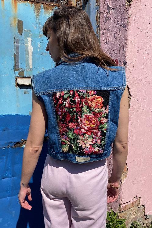 Sleeveless Jacket Flowers