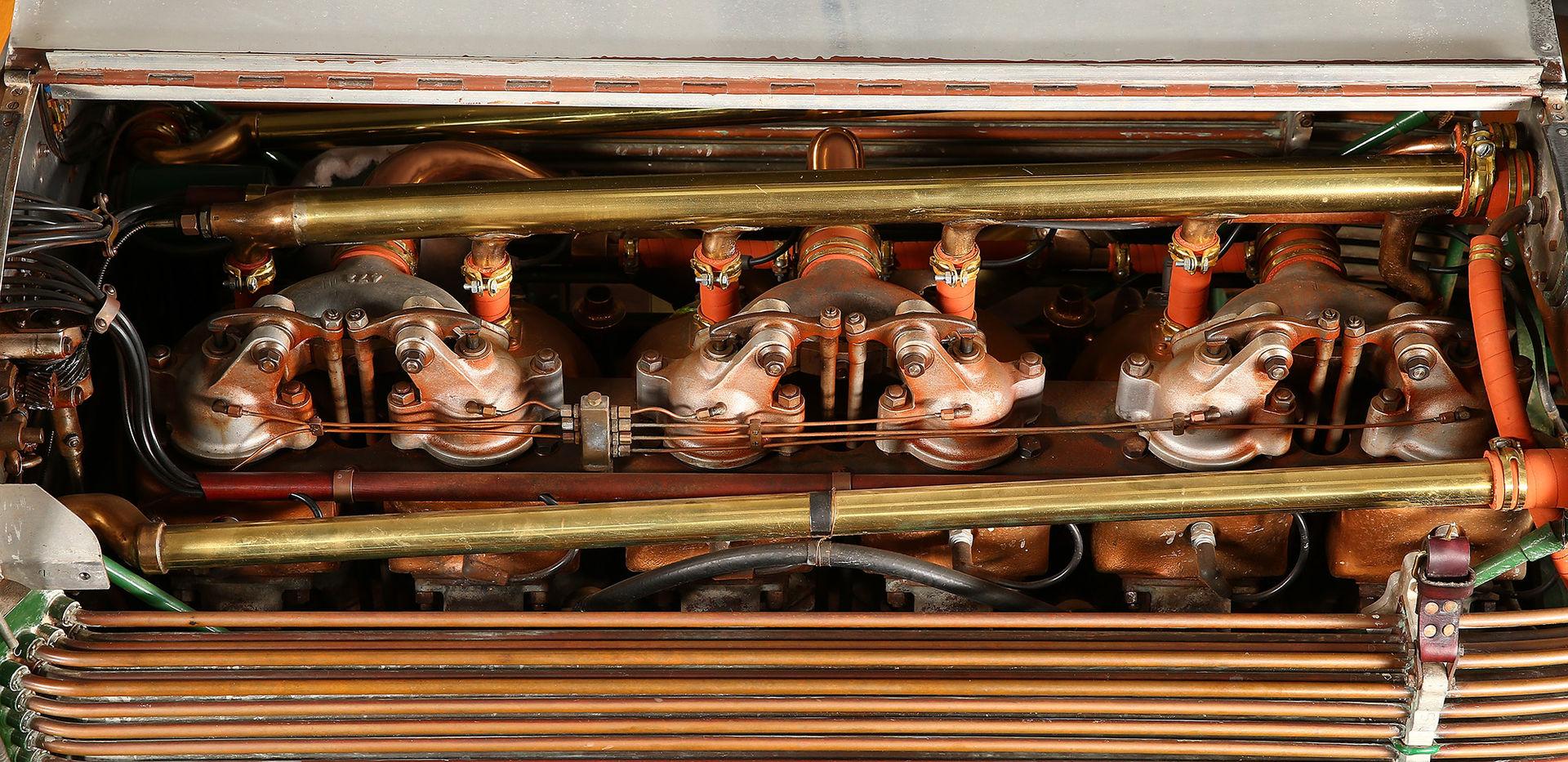 NAPIER 15-Litre Engine