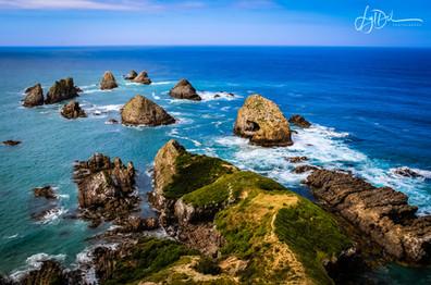 Nugget_Point_Rocks_NZ.jpg