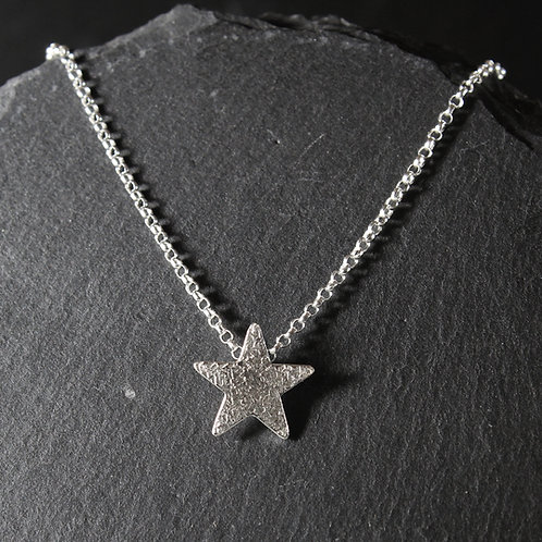 Small Hammered Silver Star Necklace