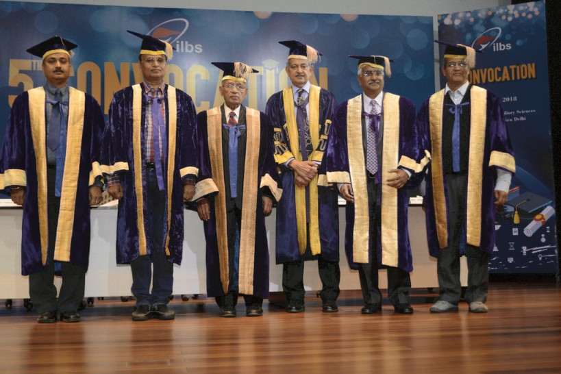 5_alumni6