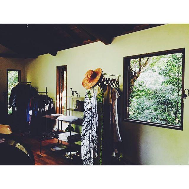 Instagram - Coming soon !!!! ついにブティックの搬入が始まりましたぁー‼︎でもまだまだこれから微調整。とりあえずこれからサーフィンw #boutique#newopen #