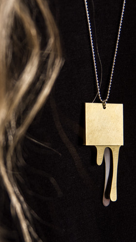 DRIPPING I necklace