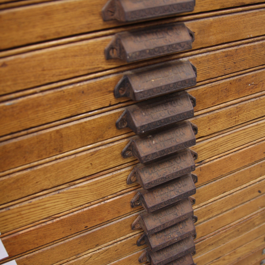 hamilton wood type cabinet perth5