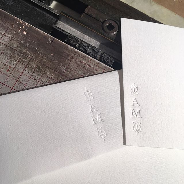 Custom note cards and envelopes again on classic white on white. A verticals layout including some flourish pieces