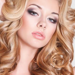 Foiling, high lighting, beautiful blonds