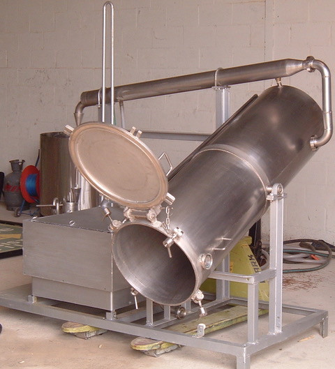 Werner Bester's first distillation unit that he created at the very beginning.