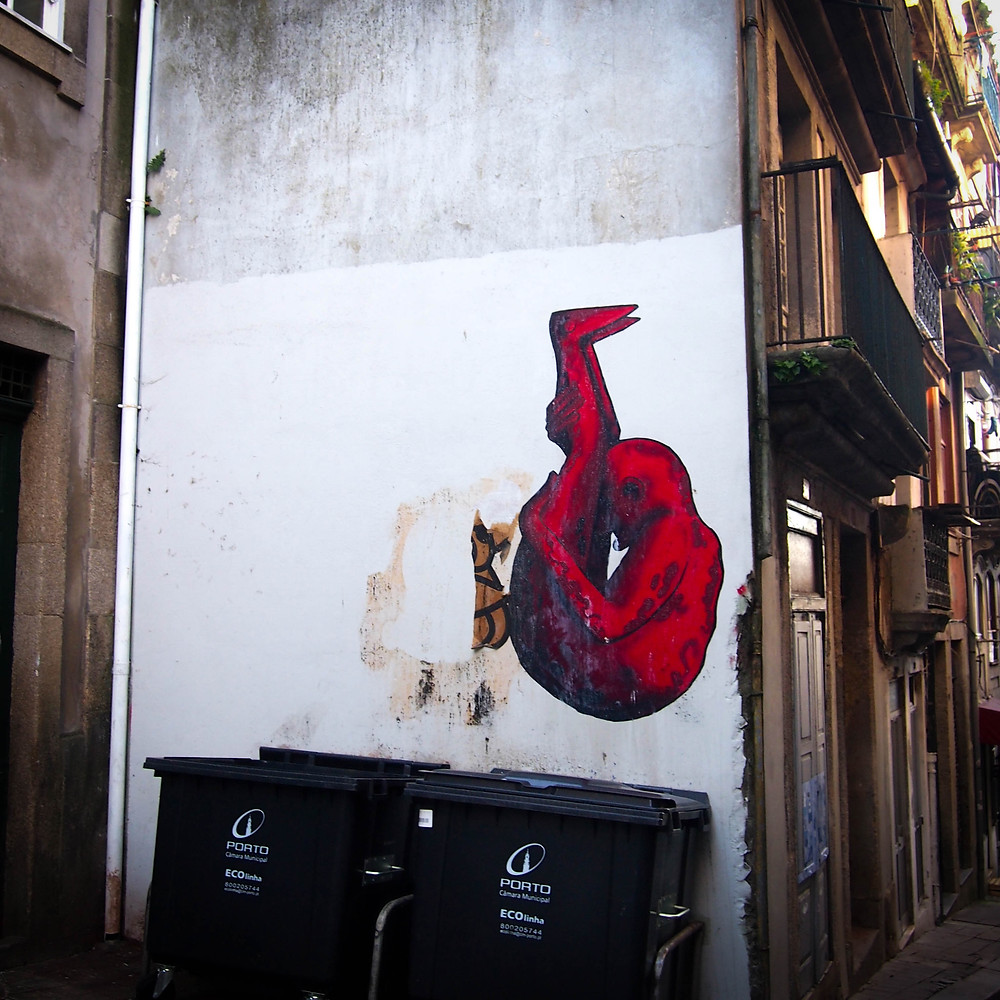 Dessin sur un mur à Porto