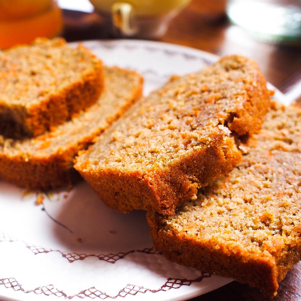 tranches de carrot cake moelleux