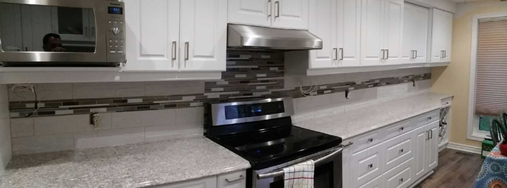 New Kitchen w/New Quay Cambria