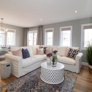 47 Living room.JPG