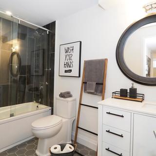 125 Lower bathroom.JPG
