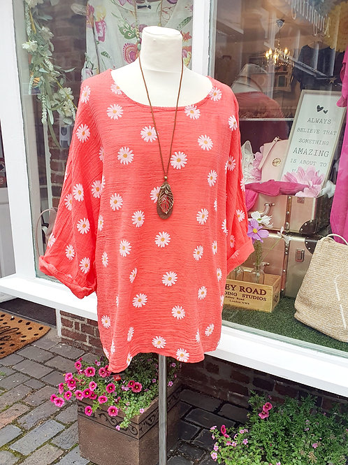 Daisy Top With Necklace Coral