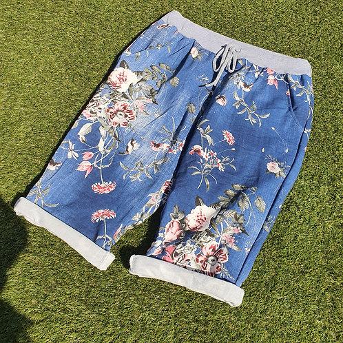 Shorts Floral Size 2 Light Floral