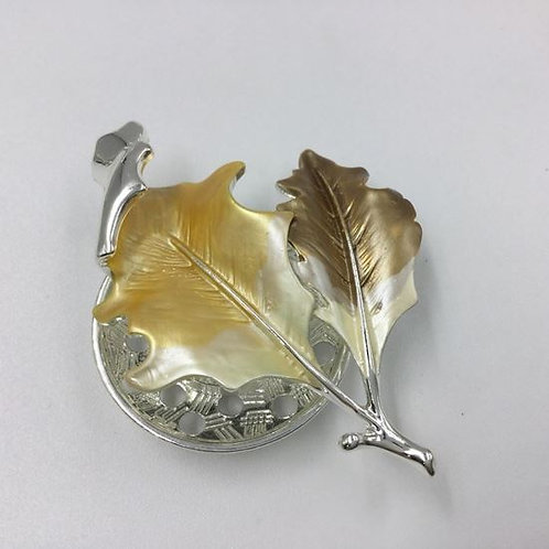 Leaf Magnet Brooch