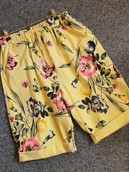 Magic Shorts Size 2  Floral Shorts Lemon
