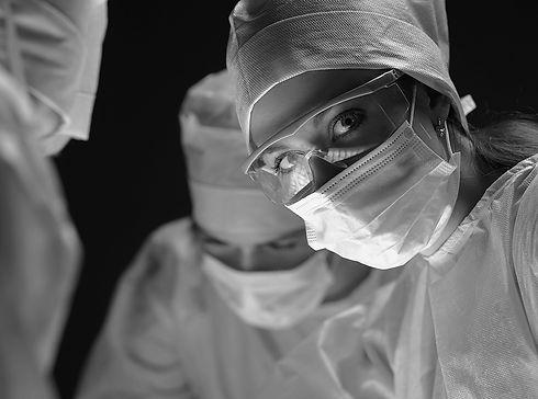 woman surgeon.jpg