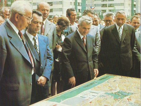 A common sight: Ceausescu micromanaging construction projects