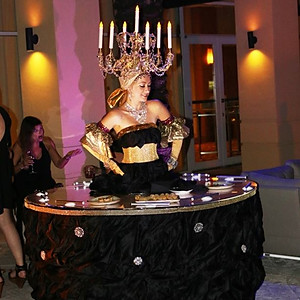 Black & Gold Live Strolling table at InterContinental at Doral Miami.