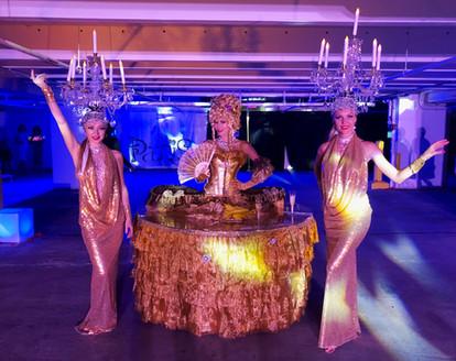 gold strolling table.JPG