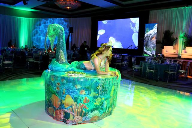 Mermaid strolling table.JPG