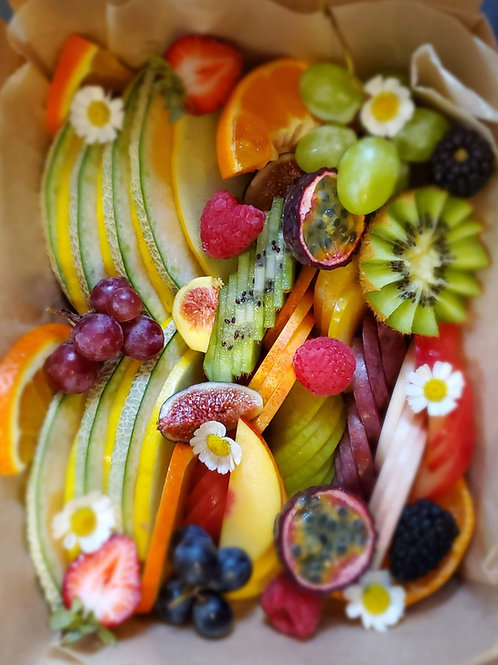 SEASONAL FRUIT BOARD (FOR 2)