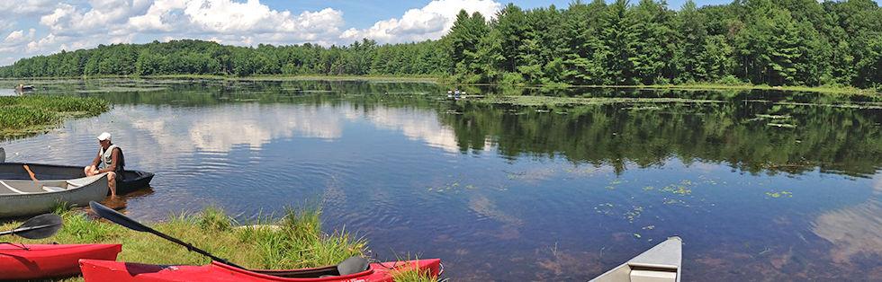 canoes_strip.jpg