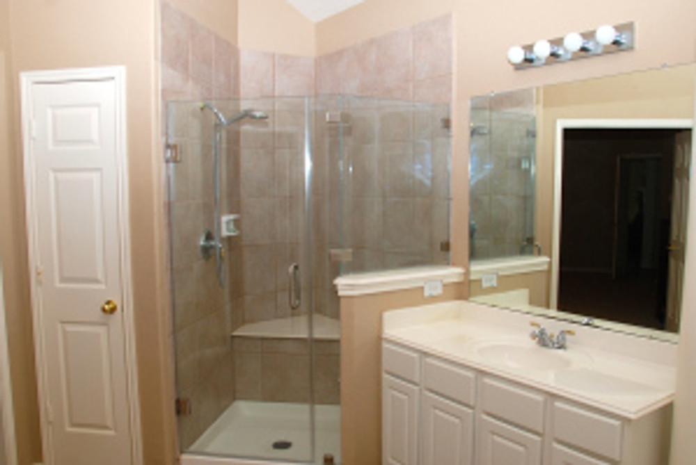 Master Bath New Door.Cross Valley