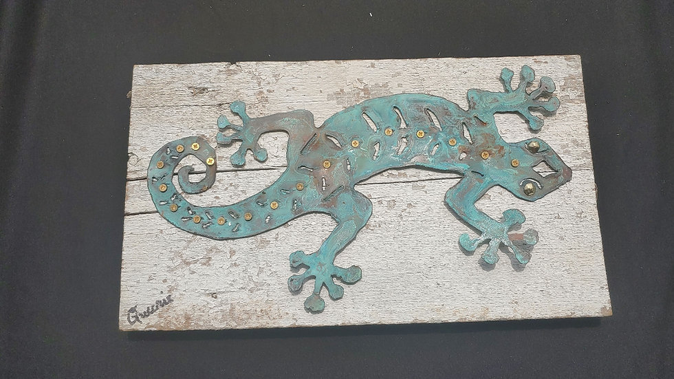 Oxidized copper gecko on vintage barnwood