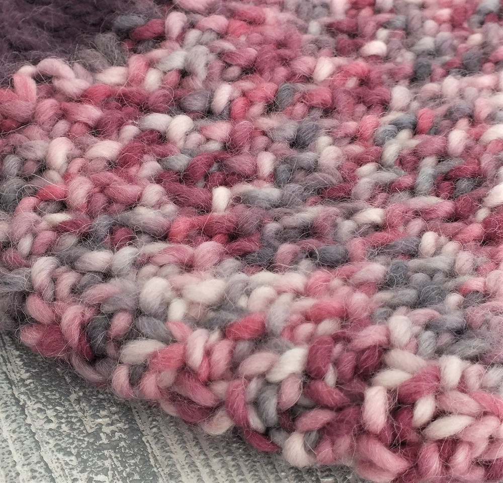 Berry Delightful Beanie Seed Stitch Close Up