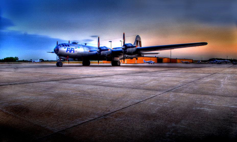 "B-29 ""Superfortress"" FIFI CR2"