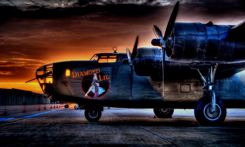 "B-24 ""Liberator"" Diamond Lil Profile"