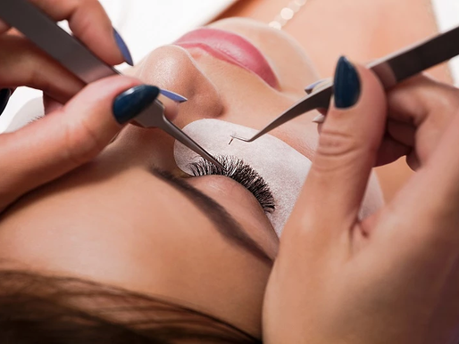 Becoming a Cosmetologist: All about Lash Extensions
