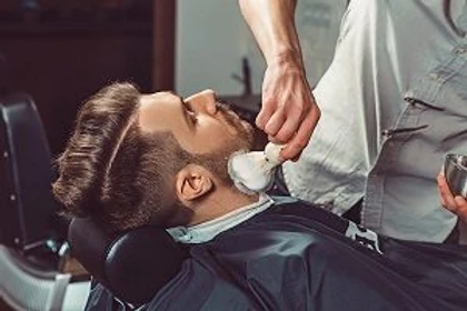 4 Benefits of Becoming a Barber