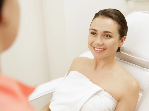 Cosmetology School: Knowing What a Skincare Specialist Does