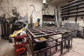 シェアスタジオ「The Gowanus Space」にあるメタル工房。スペースのみならず工具もシェアできる=安部かすみ撮影