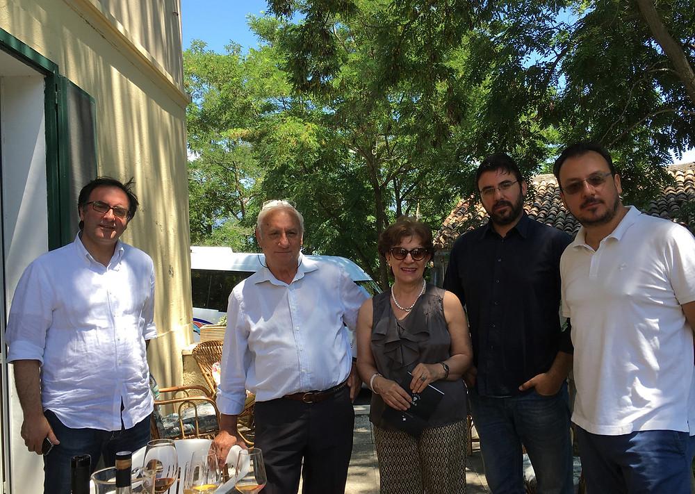 ヴィオラ家の面々。左端がジェンナロ・コンヴェルティーニさん