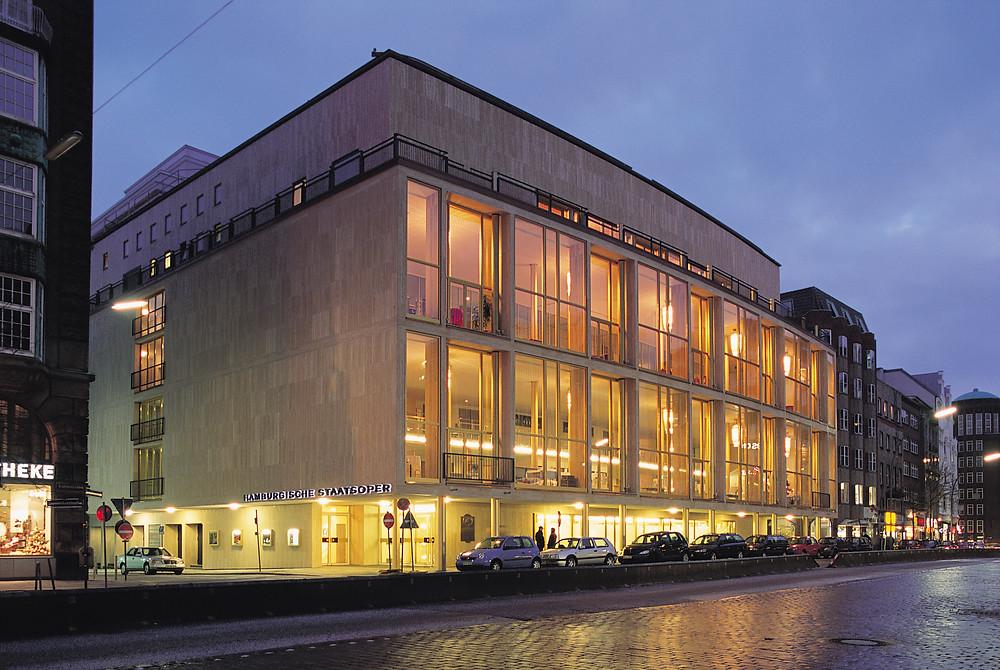 ハンブルク・バレエ団が本拠を置くハンブルク州立歌劇場 ©Westernmann