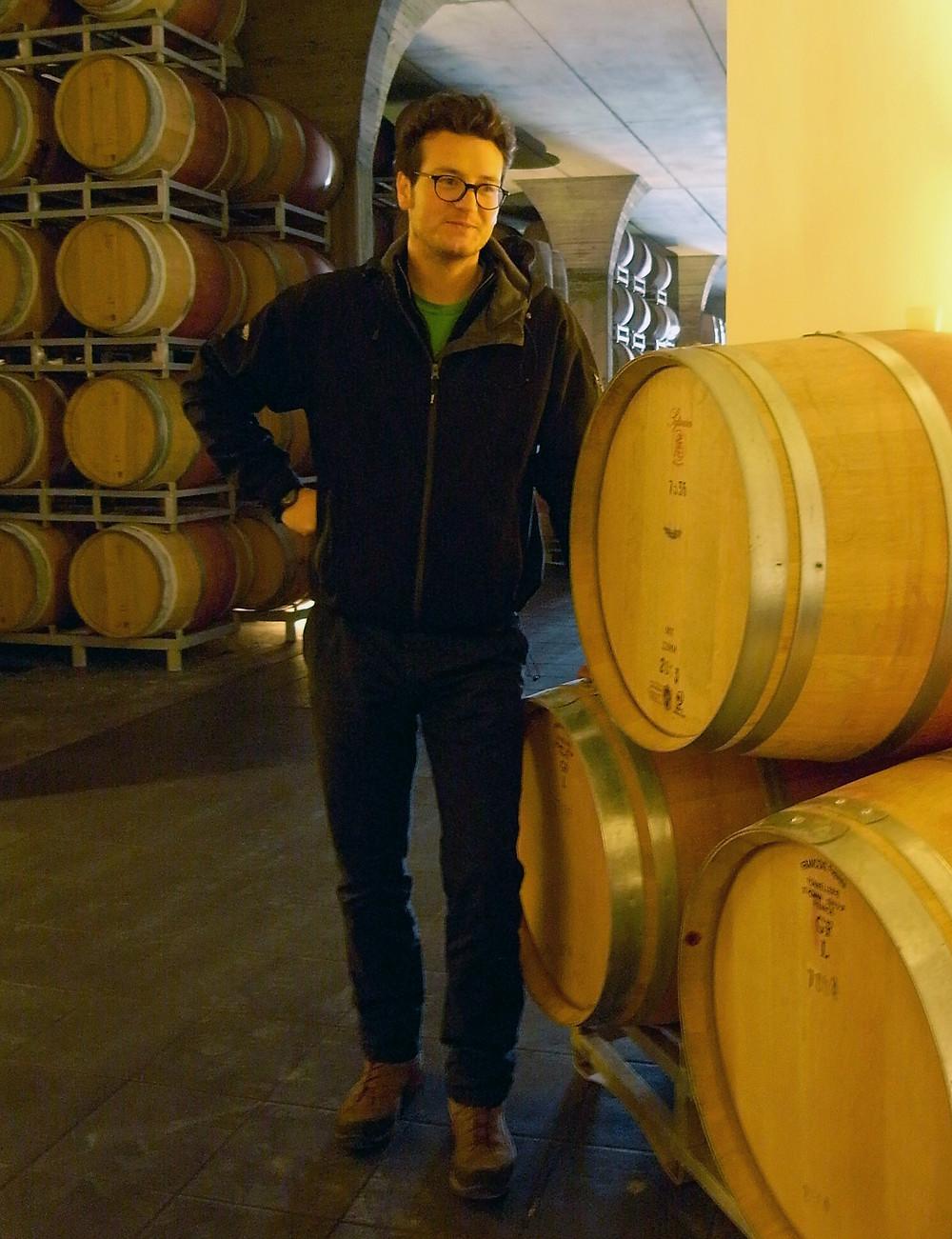 カステルジョコンドのワインメーカー、フィリッポ・マンニさんはボルドー大学卒。以前はシャトー・オー・ブリオンに勤務していた。