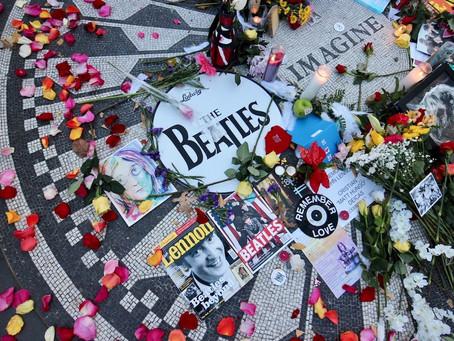 安部かすみ:ジョン・レノン命日にファン偲ぶ ──「銃撃の一報に崩れ落ちた」あれから40年