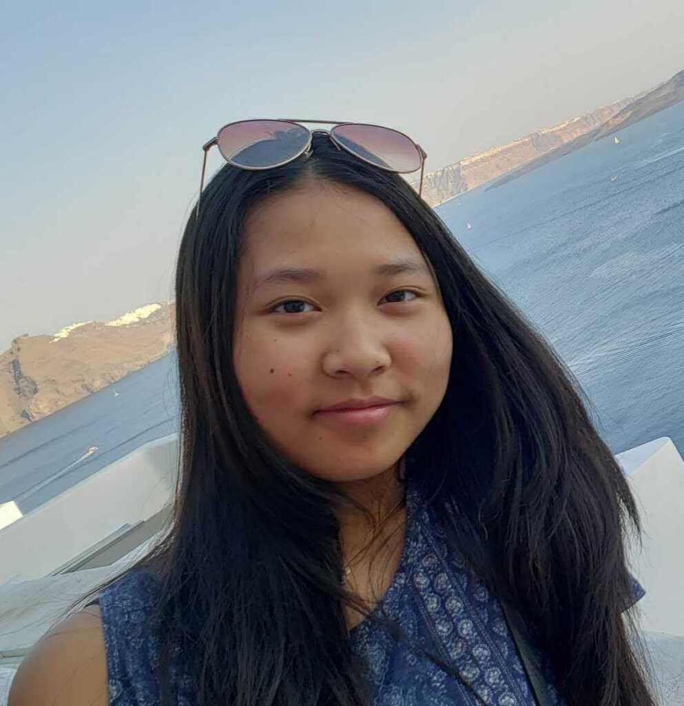 Elaine Zheng   Assistant Librarian