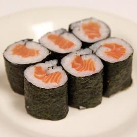 salmon-roll-0.jpg