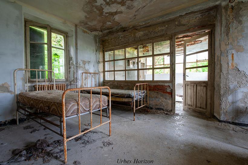 Ecole et Pensionnat Oubliés