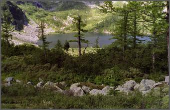 Озеро Харатас. Поднебесные Зубья. Хакасия. 25.08.2002