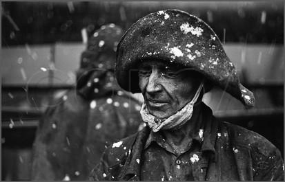 Cнег на коксовой батарее. Коксохим КМК. 27.10.1979.