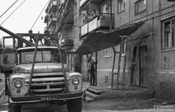 Замена подъездного козырька. Междуреченск, 1981