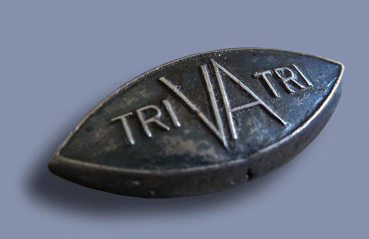 Трива, Знак трива, Triva нагрудный знак Трива